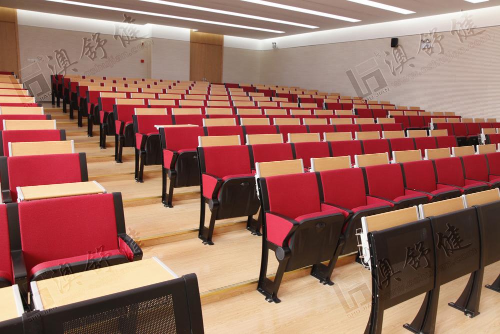 阶梯教室防火规范_教室排椅简单介绍